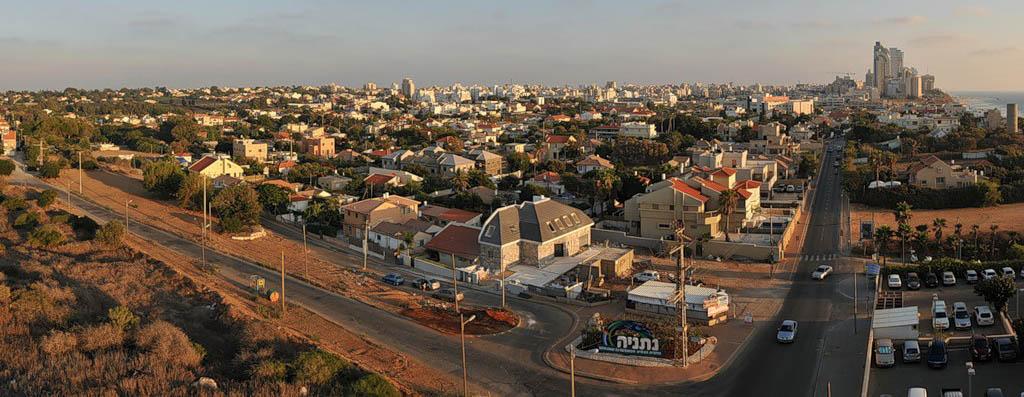 фото города нетания