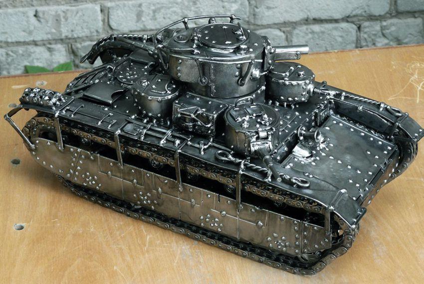 Модель танка из металла своими руками