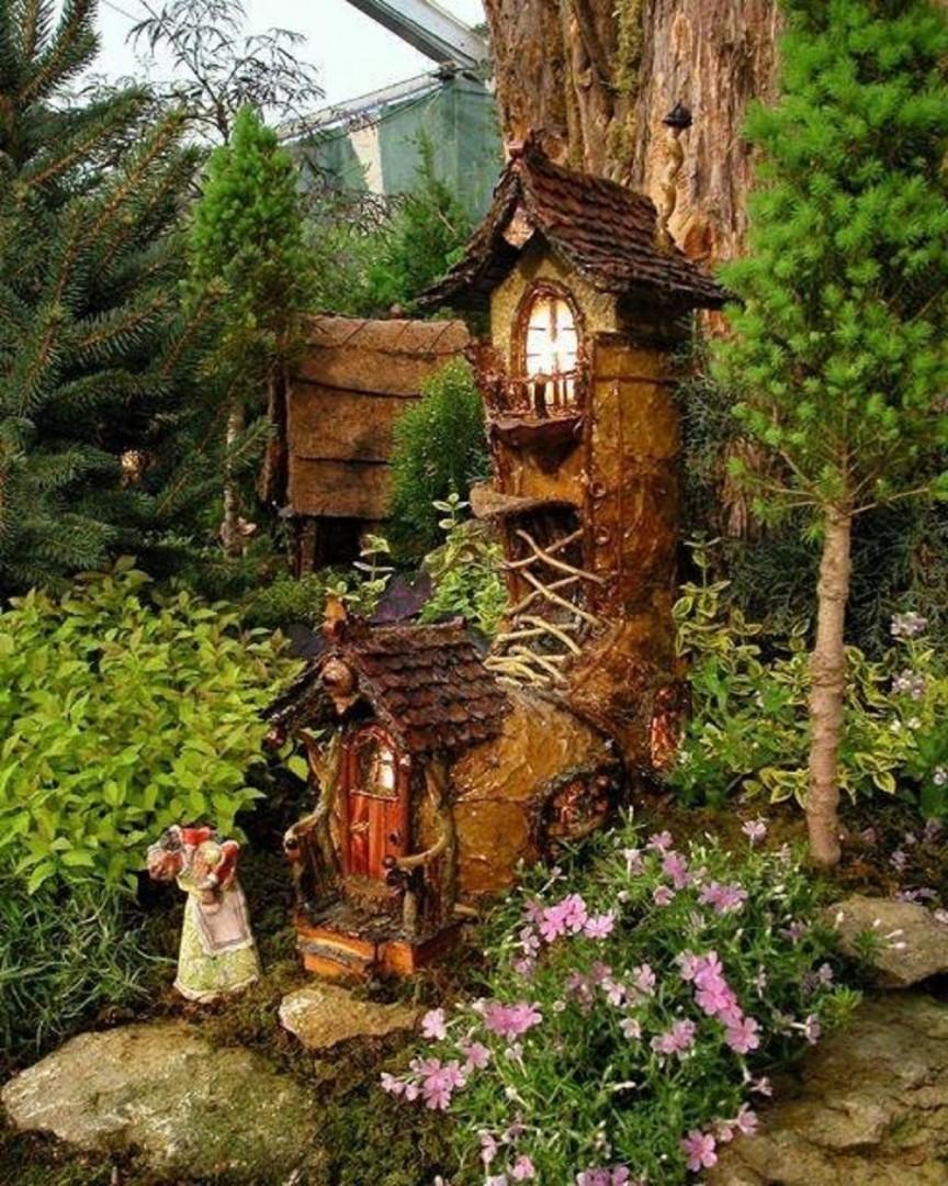 Как построить сказочный дом